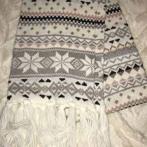 Adorable and Warm Tribal Scarf